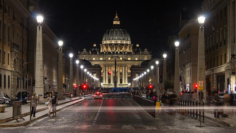 Via della Conciliazione Vatican rental house holidays Rome