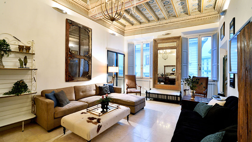 Apartment Augustus living room decor managed by From Home to Rome