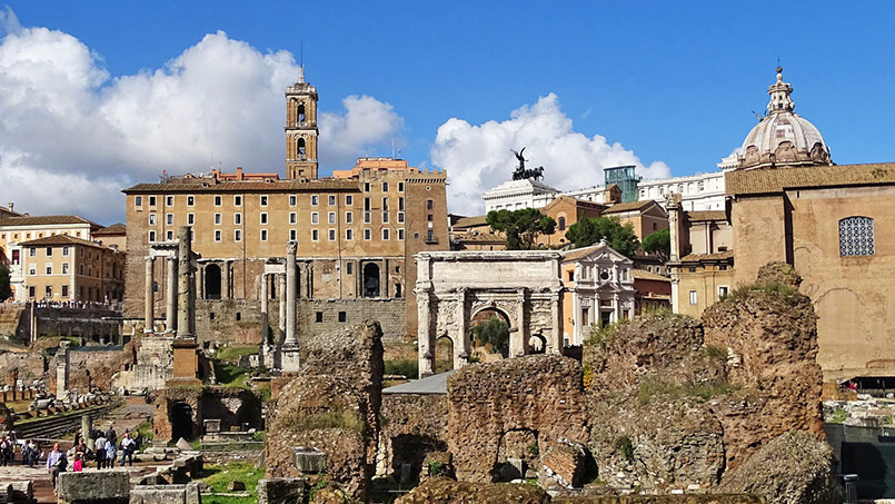 The buildings in the Roman Forum